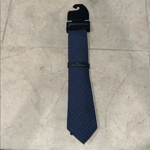 Marc Anthony tie. Never worn